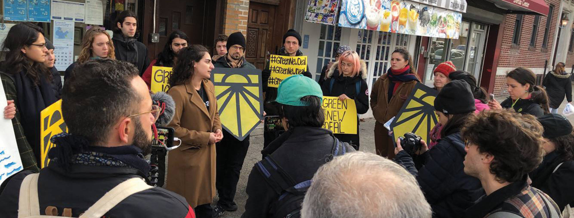Organizing event with the Sunrise Movement in support of the Green New Deal. Image: Beyond the Bomb